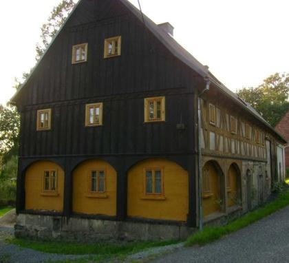 Podstávkový dům Raspenava