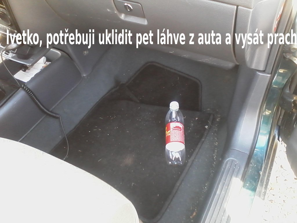 uklidit auto